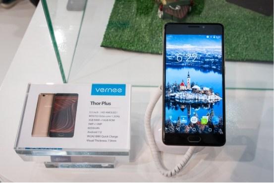 Vernee Thor E dan Thor Plus: Dua Smartphone Batere Monster 3